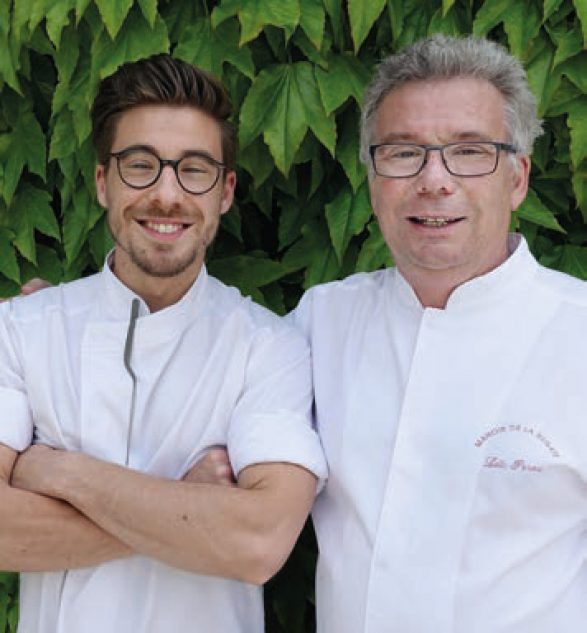 Mathieu Pérou (le chef ayant obtenu une étoile Michelin en 201) avec son père